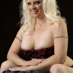 veornica vaughn sexy smile sitting in bra