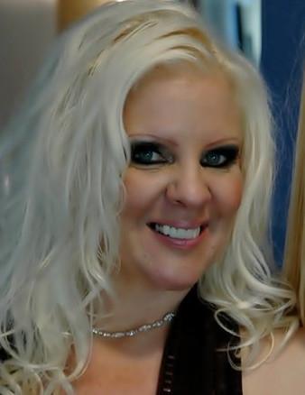 Your Instructor Veronica Vaughn